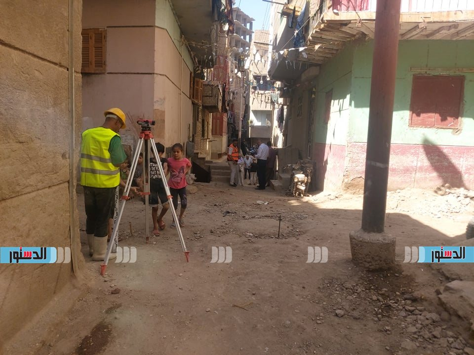 تركيب الانترلوك بشوارع حى غرب اسيوط (11)