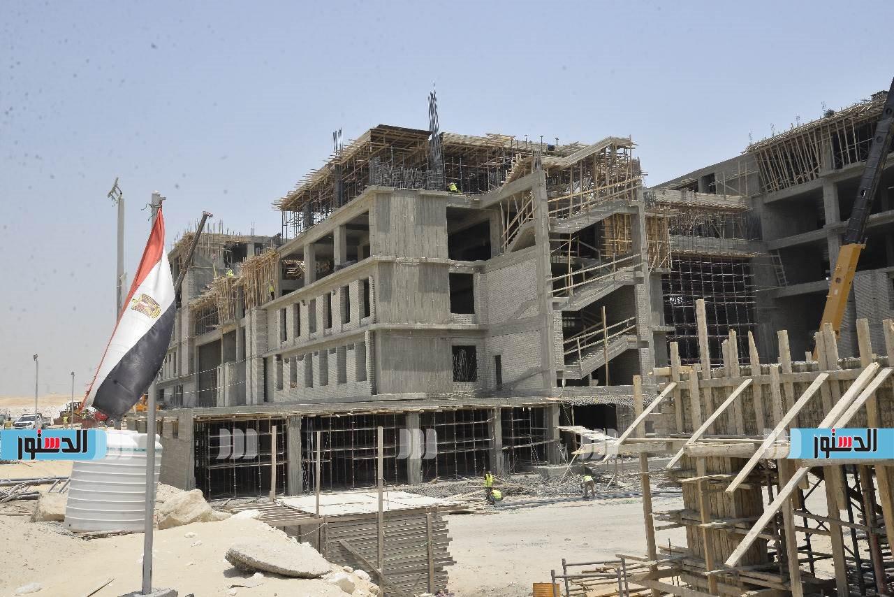 محافظ أسيوط يتفقد أعمال تنفيذ جامعة بدر بمدينة ناصر الجديدة  (7)