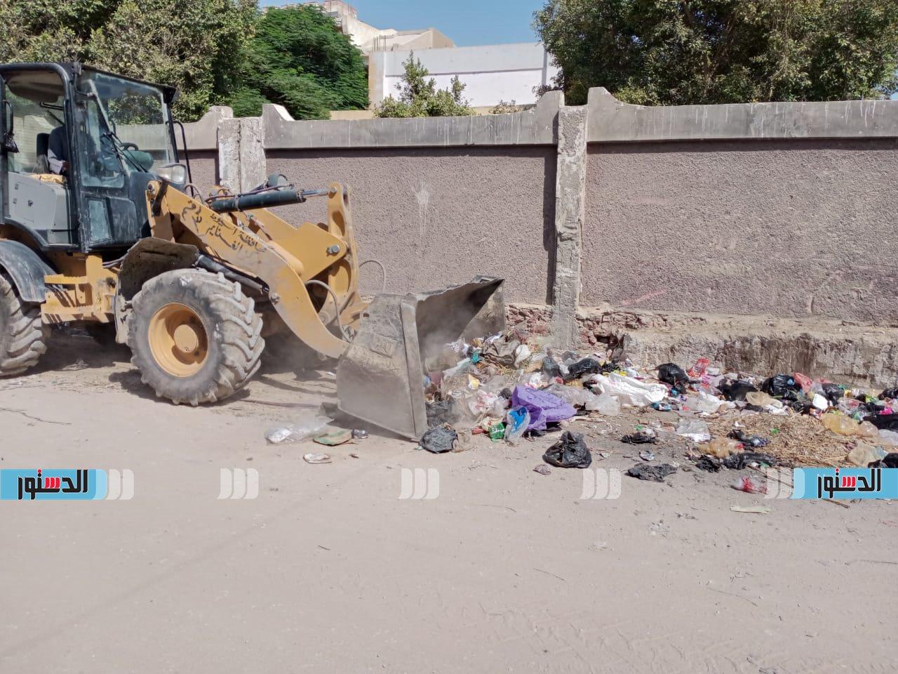 حملات نظافة بقرى المركز (1)